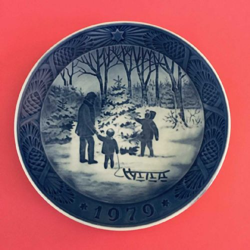 Royal Copenhagen - Collector - Christmas Plate - 1979